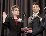 Palin sworn in 1